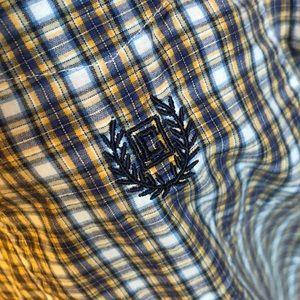 XL Chaps buttoned down short sleeve shirt